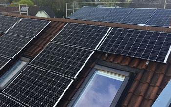 zonnepanelen-laten-installeren-op-dak